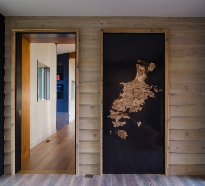 Camusrory Log Room Door 02